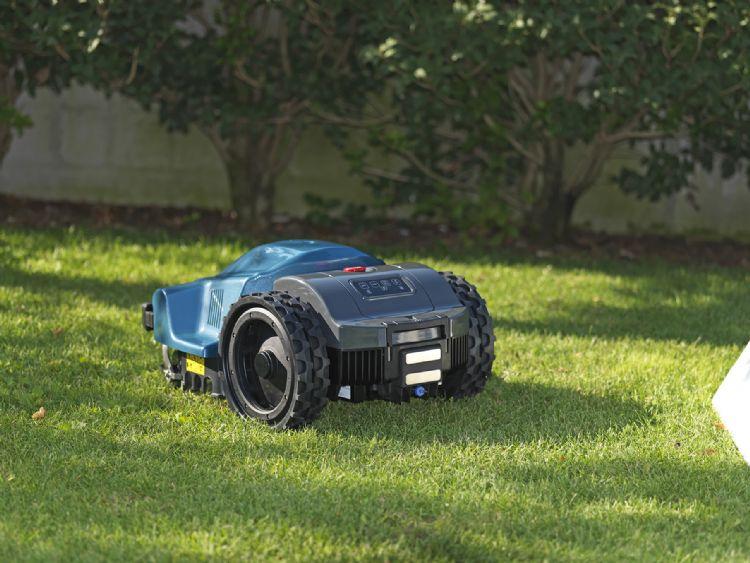 Dankzij de brede en zachte wielen meer grip en minder spoorvorming.