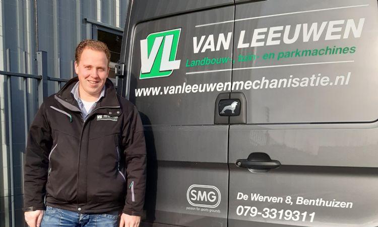 Willem Hak, eigenaar Van Leeuwen Landbouw-, tuin- en parkmachines.
