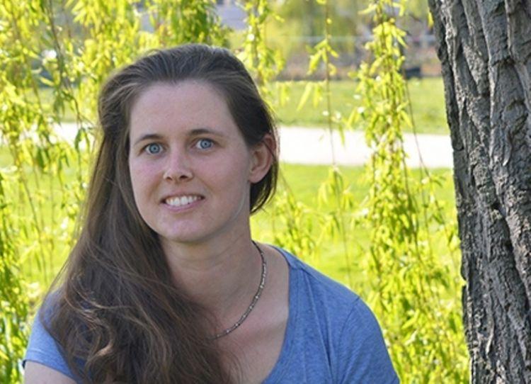 Simone Arends, boomtechnisch en klimaatadaptief adviseur bij Snoek Puur Groen