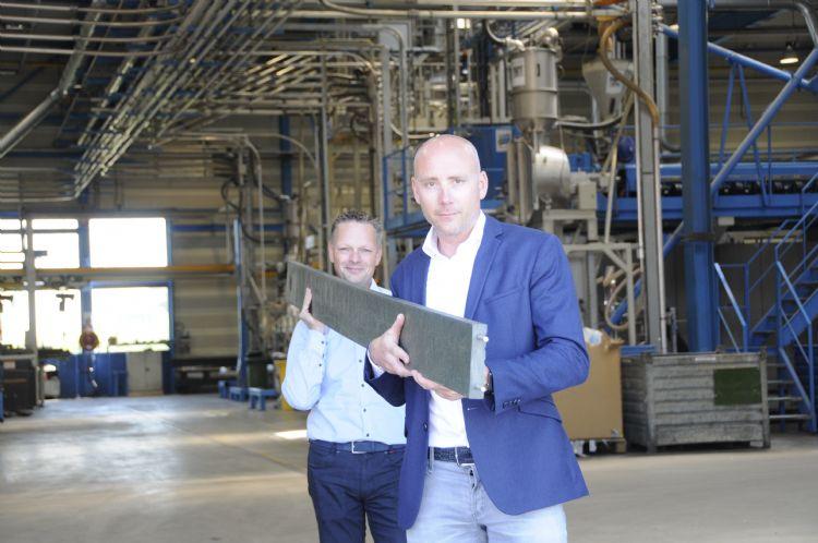 Stefan Hofman van Lankhorst Recycling Products (links) en William van Diemen van W&H Sports (rechts)