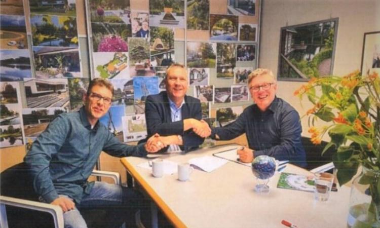 Van links naar rechts: Niels Boxstart (Waco), Wim van Ginkel (KGG) en Herbert Wagenaer (Waco)