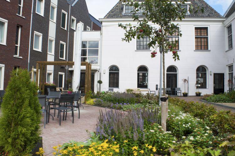 De tuin van Westerpoort in Franeker. Foto: Snoek Puur Groen