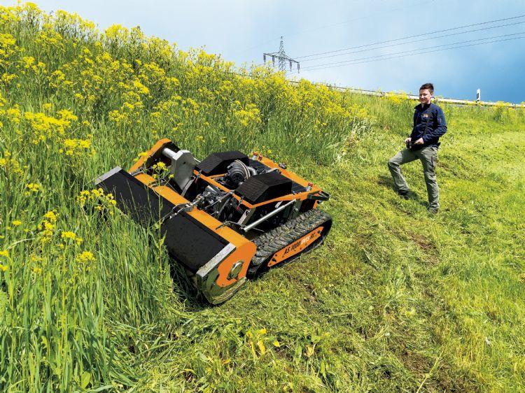De AS 1000 Ovis - de funkelnagelneue klepelmaaier die zich thuis voelt op steile hellingen en ruw terrein.