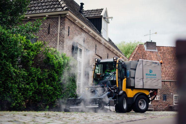 De onkruidbranders van Wolterinck werken nu op HVO 80.