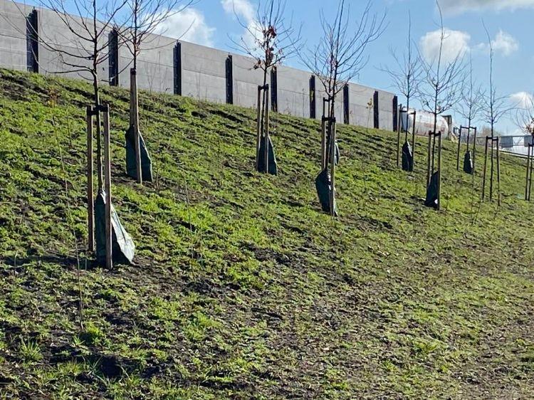 Aquabags langs de A1. Foto: Greenmax